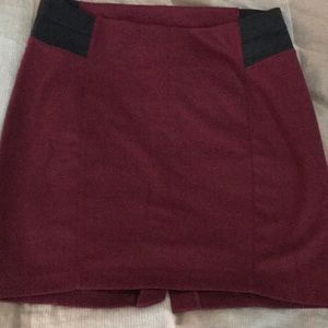Maternity skirt - great condition